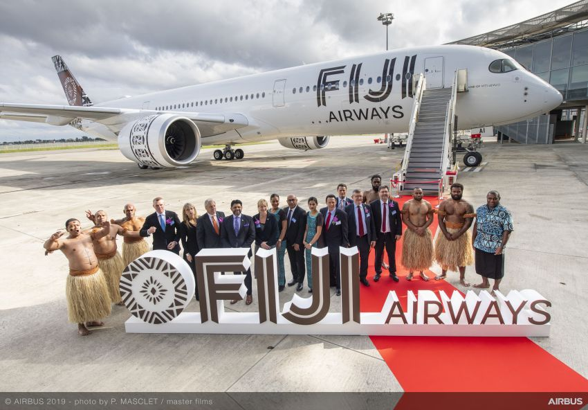 A350-900-Fiji-Airways-MSN299-delivery-on-board-portraits-001